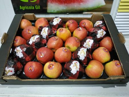 Caja de 7kg de Manzanas Royal Gala