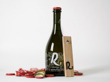 Pack caja de madera + 12 botellas cerveza Rondadora Blanca 50 cl+ Abridor