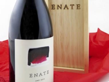 Estuche de Vino UNO  Tinto 2010